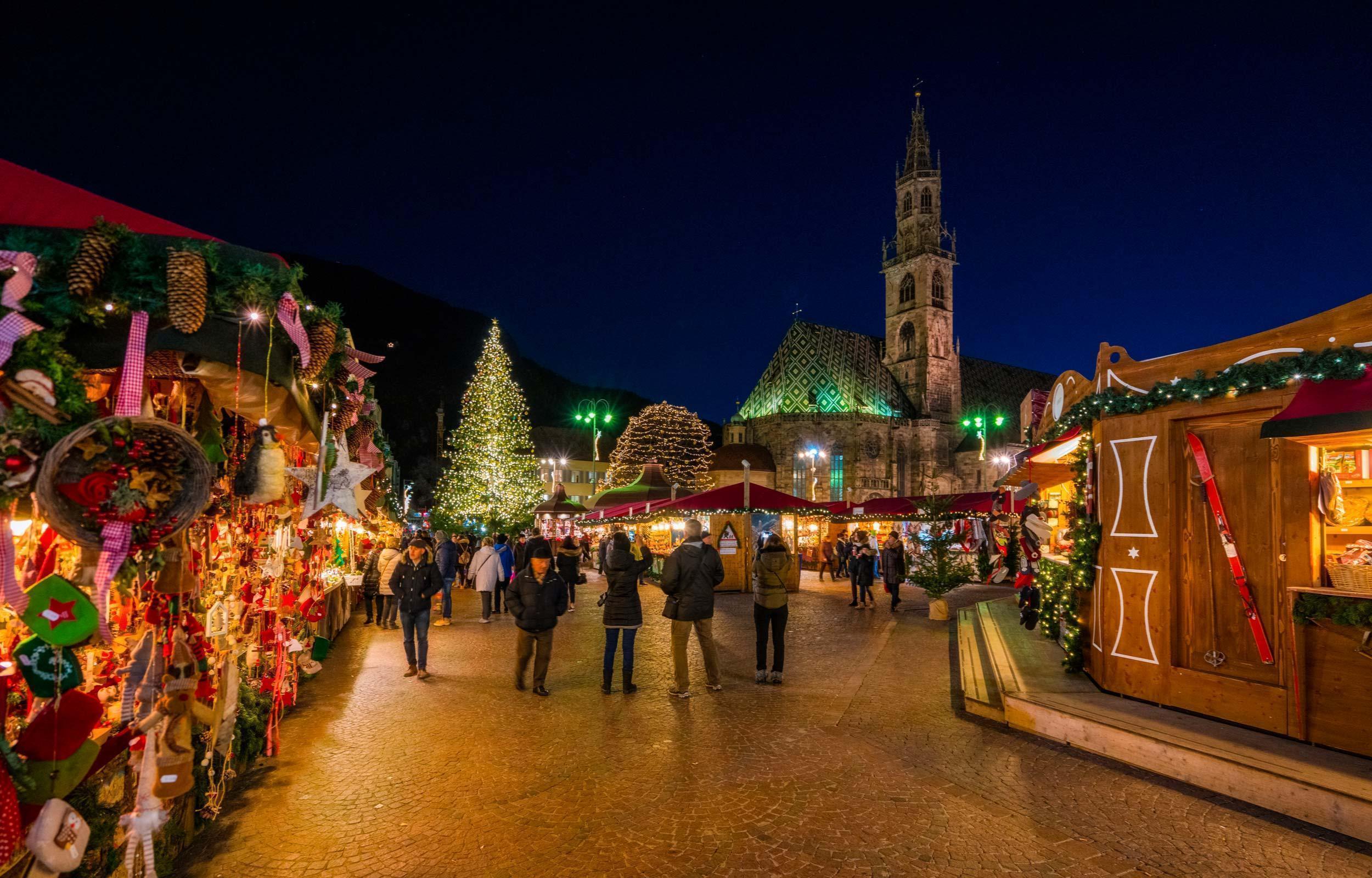 Mercatini di Natale a Vipiteno, Bressanone e Bolzano ...
