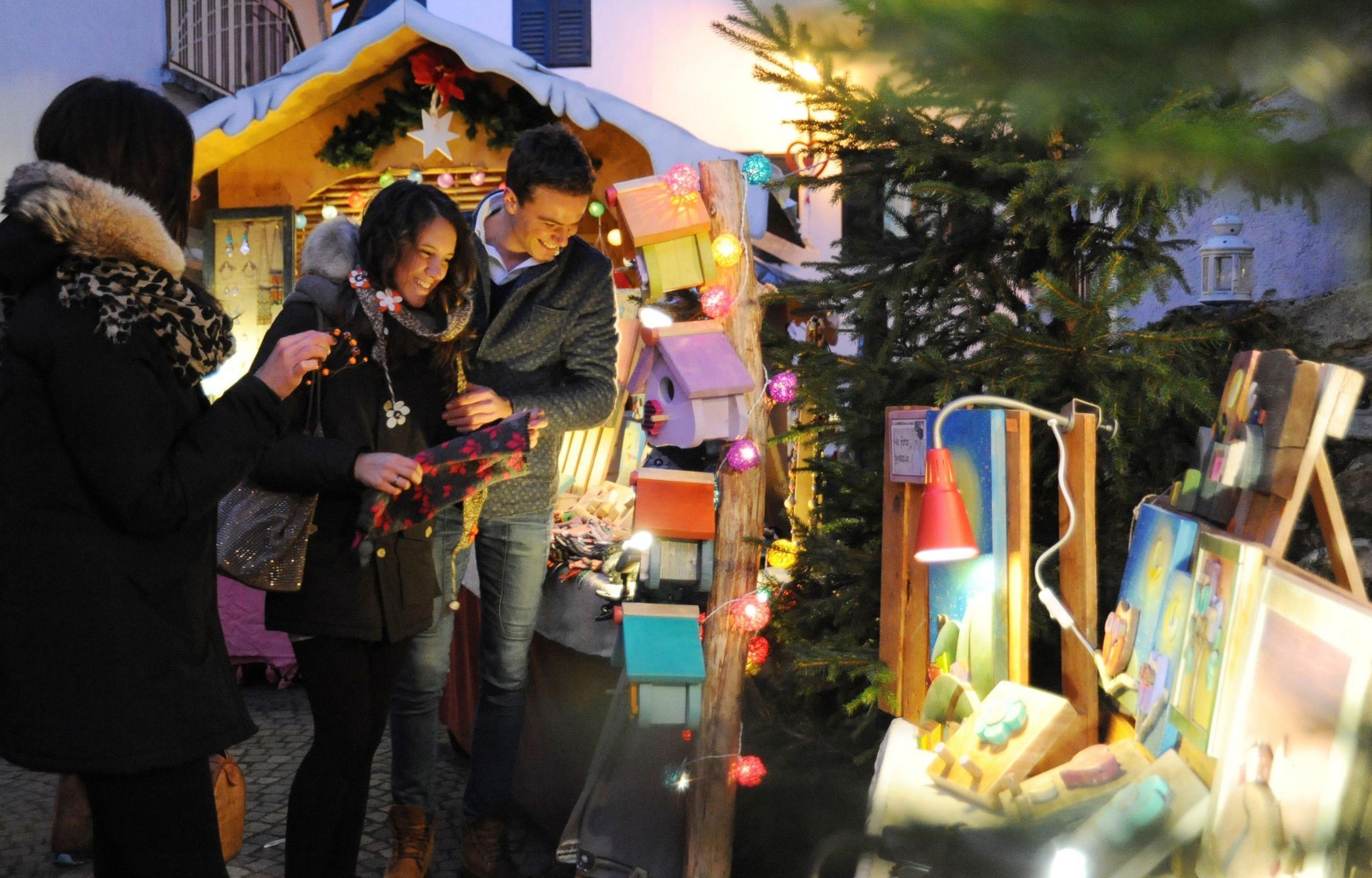 Magia di Natale ai piedi delle Dolomiti