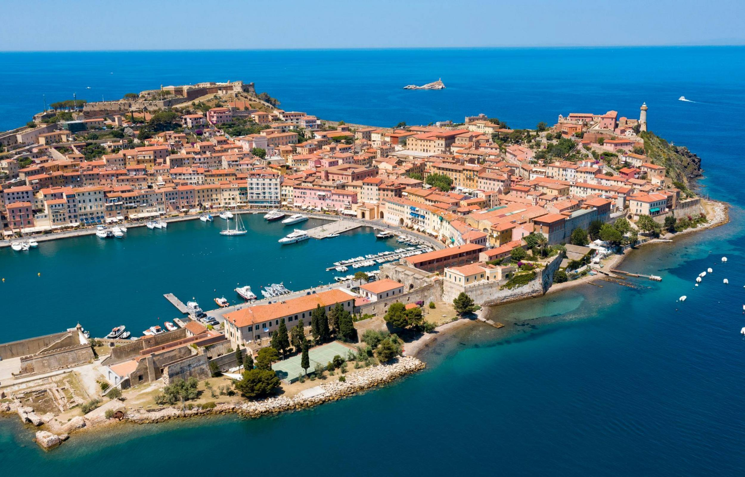 Tour Isola d'Elba - Caldana Europe Travel