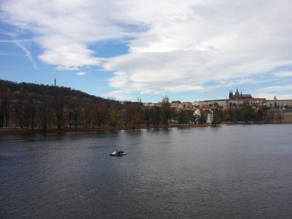 Vista dalle vetrate del Café Slavia
