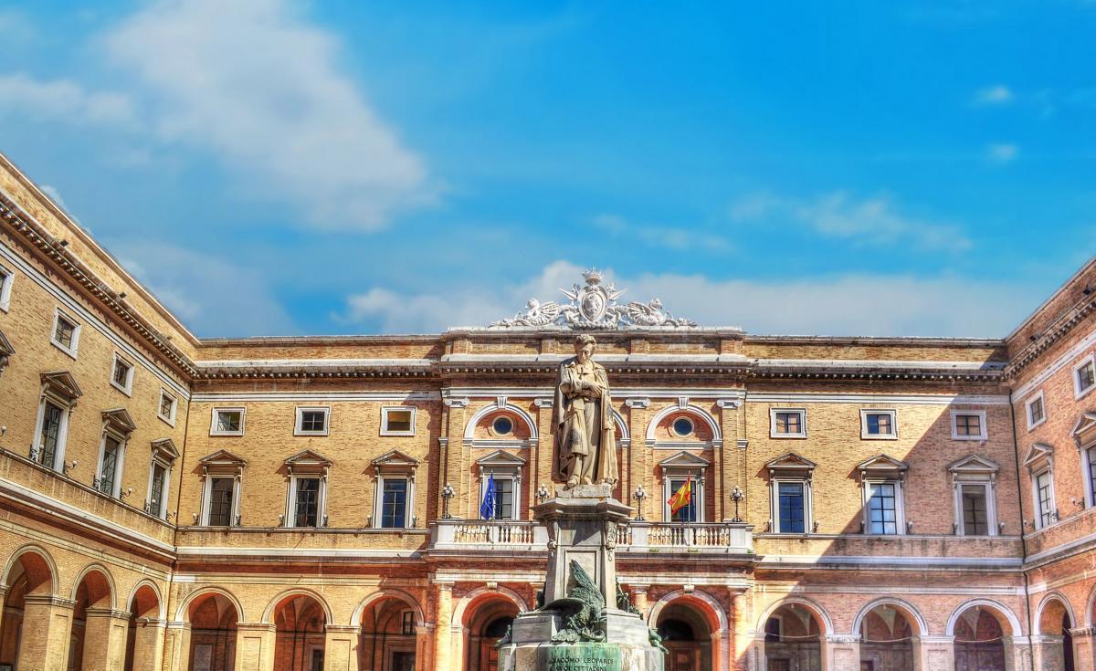 Dolci Marche: Raffaello Sanzio e Giacomo Leopardi i giovani favolosi