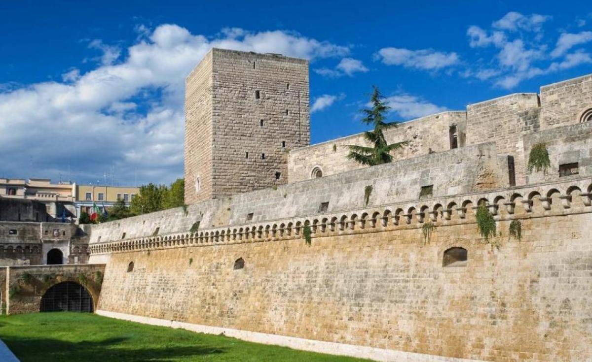 Gran Tour della Puglia e Matera Bari: il capoluogo della Puglia