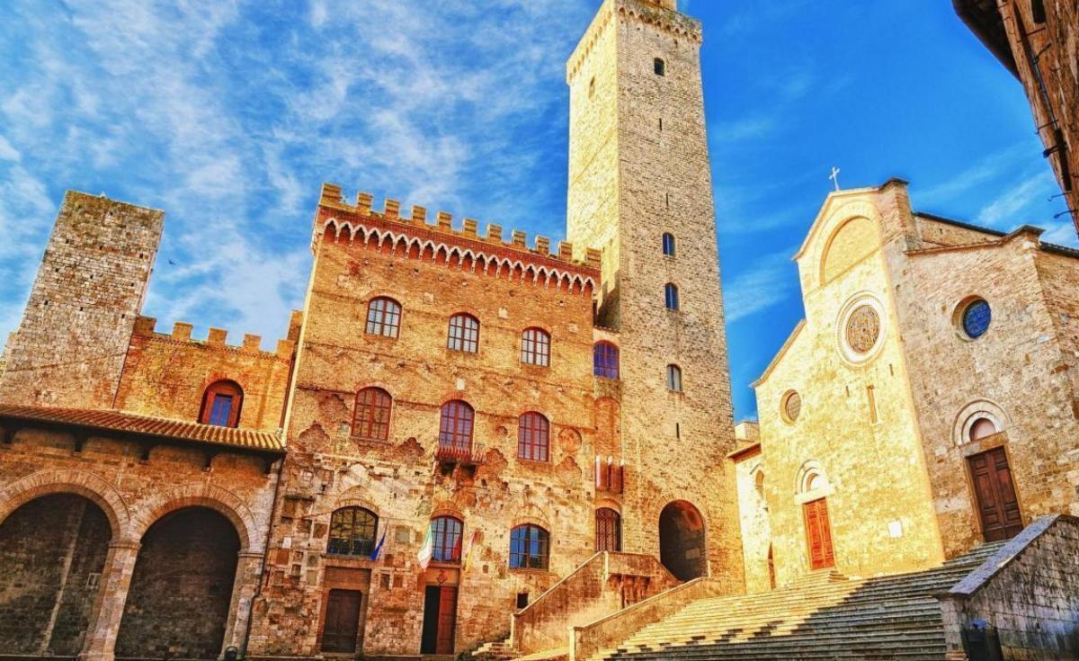 Tour di Siena, la Val d'Orcia e le Crete Senesi